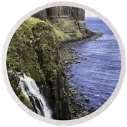 Kilt Rock On The Isle Of Skye Round Beach Towel
