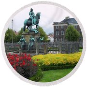 Kings Square Statue Of Christian 5th Round Beach Towel