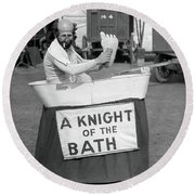 Knight Of The Bath Round Beach Towel