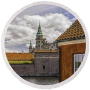 Kronborg Castle From The Moat House Round Beach Towel