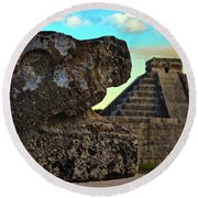 Kukulkan Pyramid At Chichen Itza In The Yucatan Of Mexico Round Beach Towel