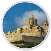 L-imdina Castle City Cathedral And Walls Round Beach Towel