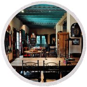La Posada Historic Hotel Lounge Round Beach Towel