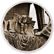 La Sagrada Familia Sculpture Round Beach Towel