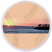 Laguna Beach Sunset Round Beach Towel