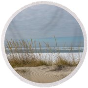 Lake Erie Ice Blanket With Sand Dunes And Dry Grass Round Beach Towel