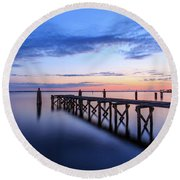 Lake Monroe At Twilight Round Beach Towel