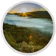Lake Of The Clouds Sunrise Round Beach Towel