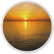 Lake Ontario Sunset Round Beach Towel