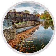 Lake Waterford Fall Waterscape Round Beach Towel