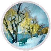 Lakeshore Walkway In Winter Round Beach Towel