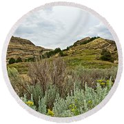 Landscape In Northwest North Dakota  Round Beach Towel