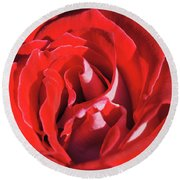 Large Red Rose Center - 003 Round Beach Towel