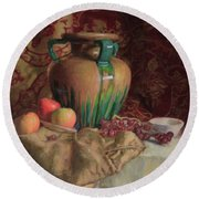 Large Vase With Apples Round Beach Towel