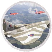 Last Royal Escort - Avro Vulcan Round Beach Towel