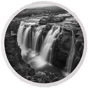 Laugafell Mountain Lodge Waterfalls 3155 Round Beach Towel