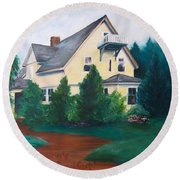 Lavern's Bed And Breakfast Round Beach Towel