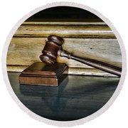 Lawyer - The Judge's Gavel Round Beach Towel