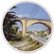 Le Pont Canal A Briare Round Beach Towel