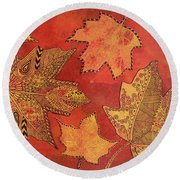 Leaf Prints And Zentangles Round Beach Towel