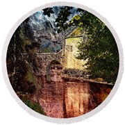 Leeds Castle Gatehouse And Moat Round Beach Towel