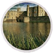 Leeds Castle In Kent Round Beach Towel