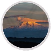 Lenticular Clouds Over Mount Hood Round Beach Towel