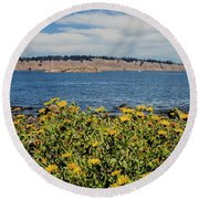 Let's Stop For Lunch Here Round Beach Towel