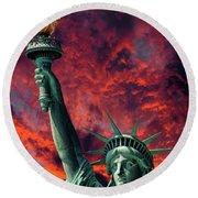 Liberty On Fire Round Beach Towel