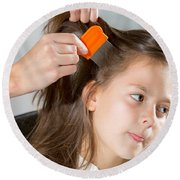 Lice In Head Round Beach Towel