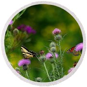 Life In The Meadow Round Beach Towel