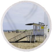 Lifeguard Station At Skegness Round Beach Towel