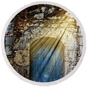 Light At The Blue Door Round Beach Towel
