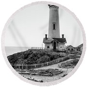 Light Tower Of The Pacific Round Beach Towel