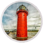 Lighthouse In South Haven Round Beach Towel