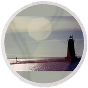 Lighthouse Run Round Beach Towel