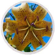Lilium Yellow Round Beach Towel