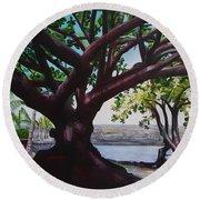 Liliuokalani Park Tree Round Beach Towel