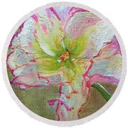 Lily From Paradise Round Beach Towel