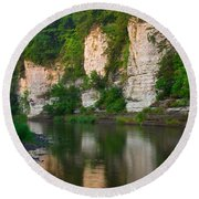 Limestone Bluffs Along Upper Iowa Round Beach Towel