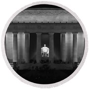 Lincoln At Night Bw Round Beach Towel
