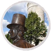 Lincoln At The Tower Round Beach Towel