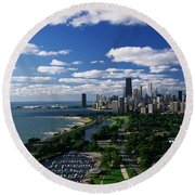 Lincoln Park And Diversey Harbor Round Beach Towel