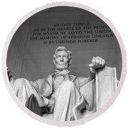 Lincoln Statue Round Beach Towel