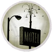 Lincolnwood Motel District Round Beach Towel
