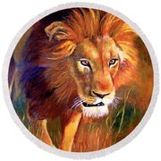 Lion At Sunset Round Beach Towel