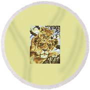 Lioness And Son Round Beach Towel
