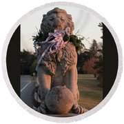 Lions Statue With Ribbon Round Beach Towel