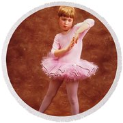 Little Dancer Round Beach Towel