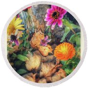 Little Garden Round Beach Towel